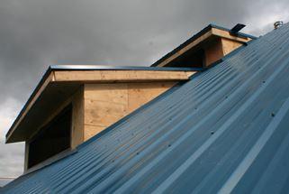 buildingroofPage_smallpic